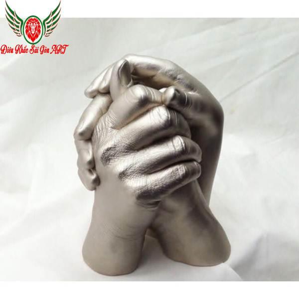 3 ý nghĩa đặc biệt của điêu khắc bàn tay 2